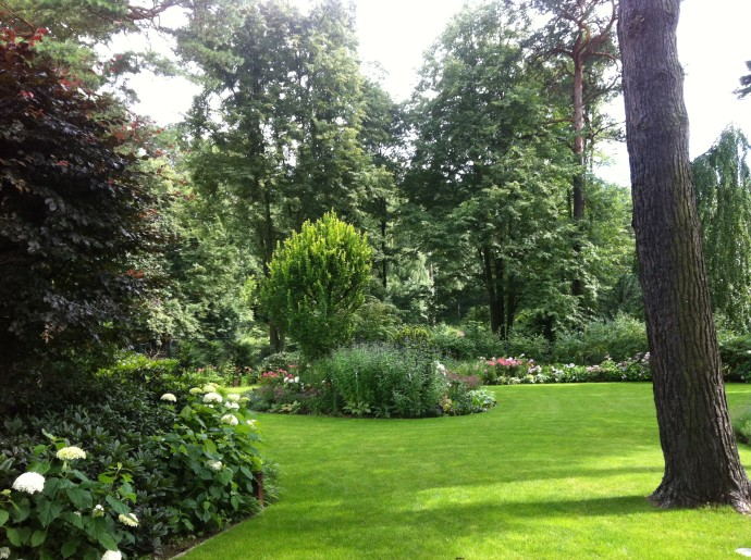 privatgarten in zehlendorf goldblume gartenbau berlin. Black Bedroom Furniture Sets. Home Design Ideas
